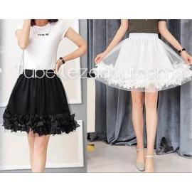 Falda vuelo mujer elegante con pétalos Blanco o Negro