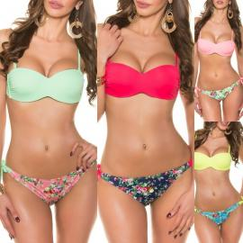 Bikini color liso push up con estampado floral en braga